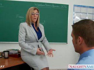 Milf lehrer sara jay fick student