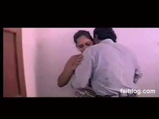 Mallu Sindhu bath scene