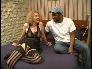 Oma gefickt von bbc: oma bbc porno video f4
