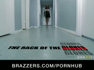 Big-tit porno madison ivy & rebeca linares sikme içinde tuvalet