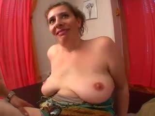 Sladký maminka s flabby saggy kozičky & guy