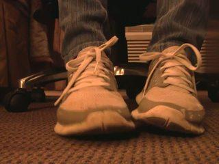 Nike darmowe sneaker pieszczoch ręka crushing pełny vid