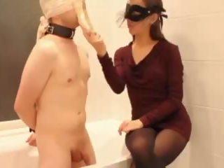 femdom mit gummi handschuh video youporn