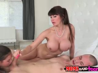 MILF Eva Notty sits on face in threesome