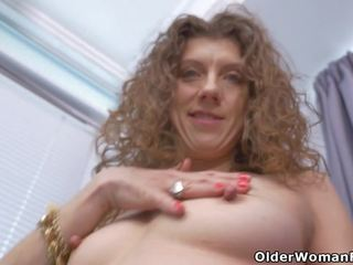 Canadian MILF Janice Needs Getting off, Porn b6