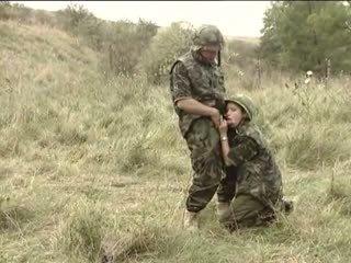 Sõjavägi treats täis klassikaline, tasuta vanem aastakäik porno 26