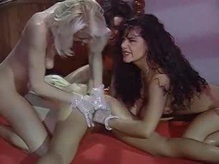 dupla penetração, sexo grupal, lésbicas