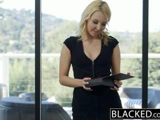 Blacked جميل شقراء hotwife aaliyah الحب و لها أسود lover