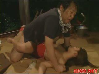Jap AV Babe gets pulled out for sex
