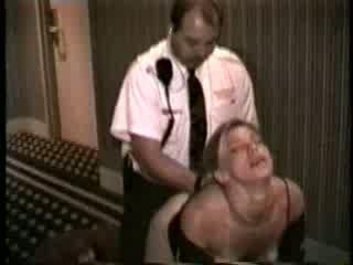 Σύζυγος πατήσαμε με ξενοδοχείο ασφάλεια guard βίντεο