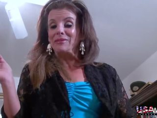 Usawives reif dame penny priet solo striptease