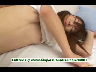 Ami hinata pärit idol69 võluv jaapani tüdruk sisse voodi gets tema tussu licked