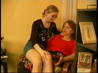 Mom play with daughter when husband goes out Video