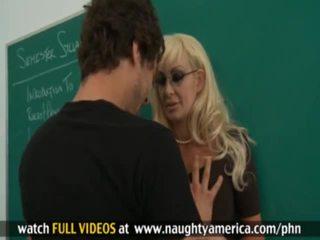 Xander corvus, brittany oneil vies teachersã¢â€â™ seks