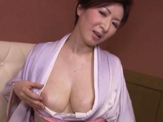 日本の, 巨乳, 成熟する