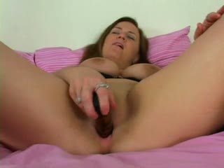 Hot mom masturbandose video