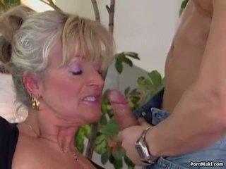 Rondborstig rijpere loves jong lul, gratis oma porno video- 94
