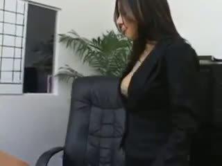 秘書 sativa rose で パンスト クソ 上の 彼女の bosses デスク
