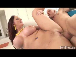 Sophie dee receives gigants sejas masāža spermas izšāviens