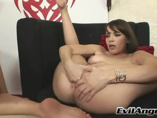 Lezbo Paramour Dana DeArmond Needs No Dick To Receive The Perfect Pleasure She Liked