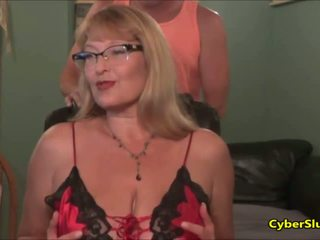 Rijpere squirting mam en pa video- tape exposed - porno video- 111