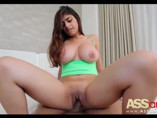 Stor titty arab mia khalifa