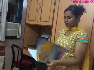 Amatöör india babes lily seks