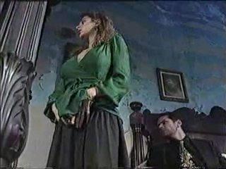 Sexy chavala en clásico porno película 1