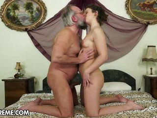 kissing, pissing, pussy licking