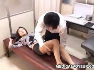 Samaitātas ārsts paralyses pacients