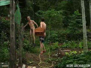 A den v the život na naturist část 1