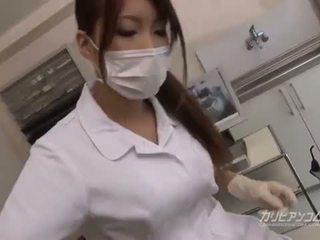 巨乳 醫生 孩兒 他媽的 同 她的 幸運 病人