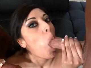 brunete, blowjobs, trieciens darbu