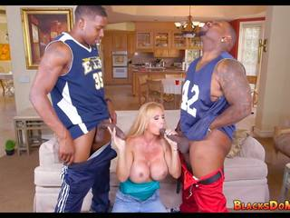 Blonde Mom gets Black Cock on Gameday, HD Porn 8f