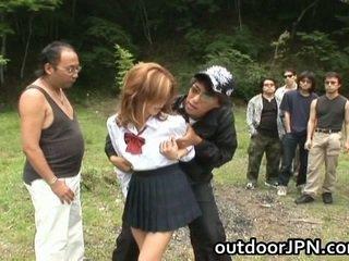 Seksi muda gadis having shag benar gratis