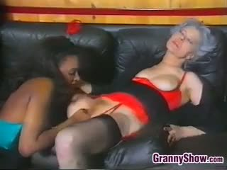 oma, zwart en ebony, lesbisch