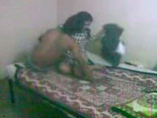 Innocent הסתכלות bengali gf getting מזוין על ידי שלה bf