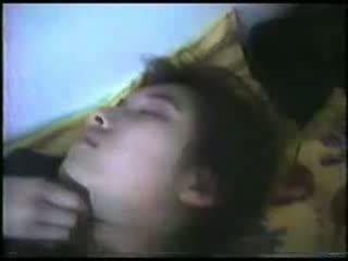 Tidur matang wanita fingered video