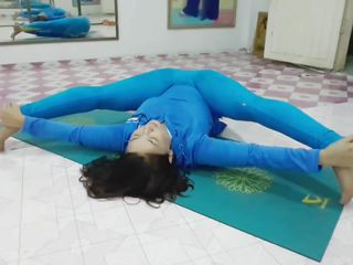 Ciešas yoga: yoga tights & tights porno video e5