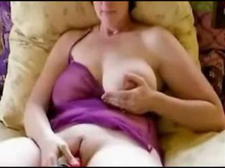Jill vibrates her pussy and cums hard