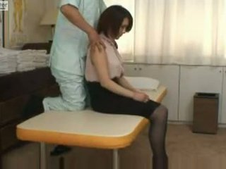 اليابانية تلميذة gets مارس الجنس بواسطة لها massager
