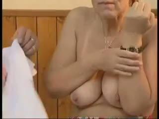 isoäidit, vanha + young, kasvohoidot