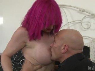 Krūtainas ts prostitūte kitty k grūti analsex