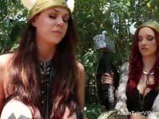 Alison tyler viking lesbičky