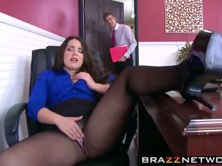 Big butty başlyk lola wants to be fucked like a gutaran künti she