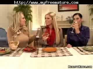 Veronica rayne, alana evans, ja ashryan küpsemad küpsemad porno granny vana cumshots seemnepurse