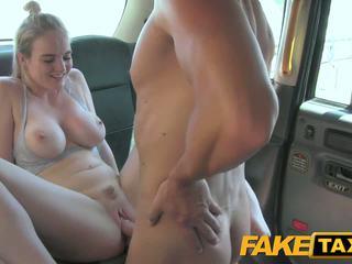 Faketaxi cabby has beginners luck 上 金發