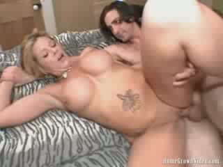 Bigtit Blondeee Milf Fucked Balls Deep in Her Shaved Pussy