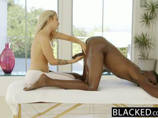 Blacked frumos blonda karla kush loves massaging bbc