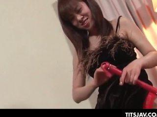 Aziatisch tramp spelen de seductress in an erotisch seks gam